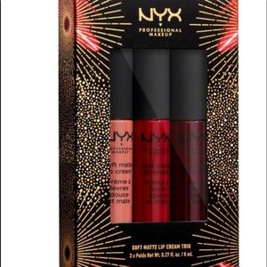 NYX lipstick 💄 comes with free gift 🎁